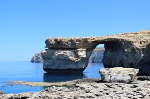 azure-window-277351_640
